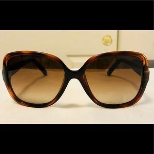 1216960b9b Fendi Accessories - EUC Fendi Square Havana Sunglasses FS5227 FS 5227
